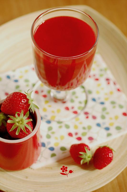 Smoothie fraise, sirop de fleur de sureau, citron, menthe_2
