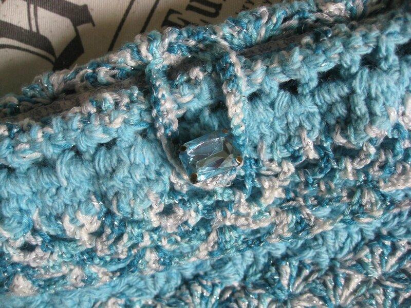 mini sac marin à paillettes au crochet