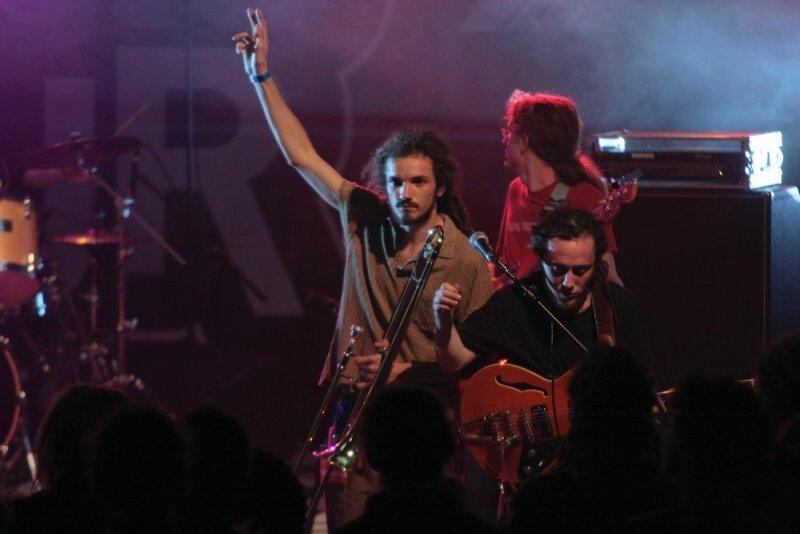 NaturalMisfits-StOmer-PdcMusicTour2010 (56 sur 93)