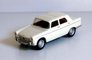 Peugeot 404 berline de chez Norev (1