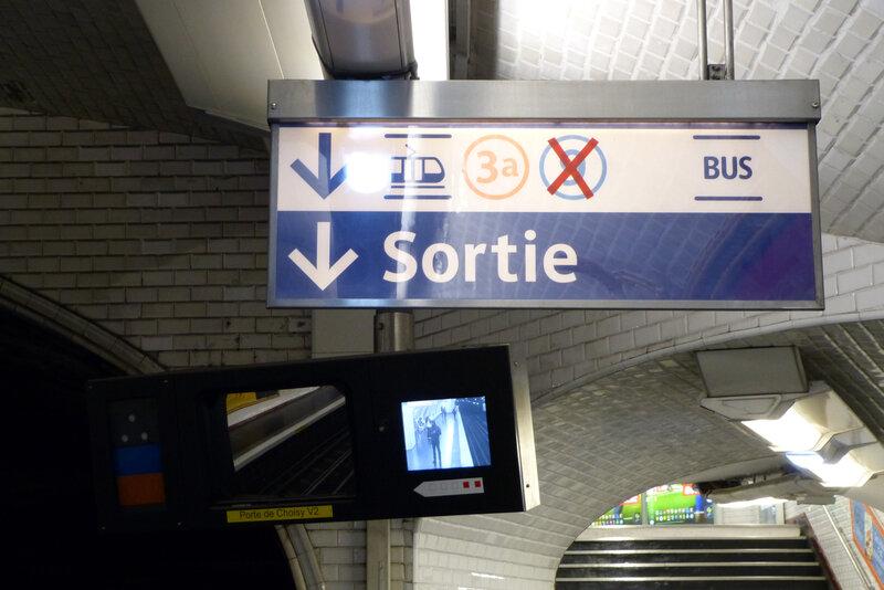 100421_signaletique-correspondance-metro-porte-choisy