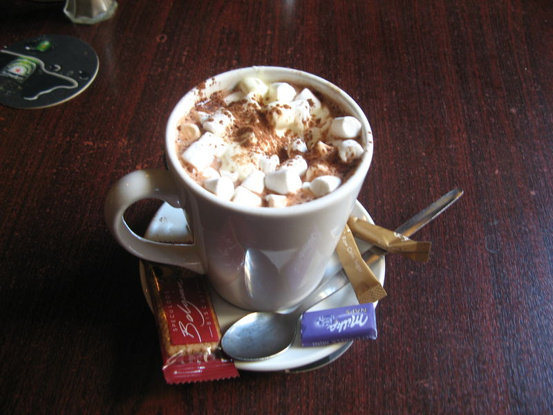 hot chocolate with mallows