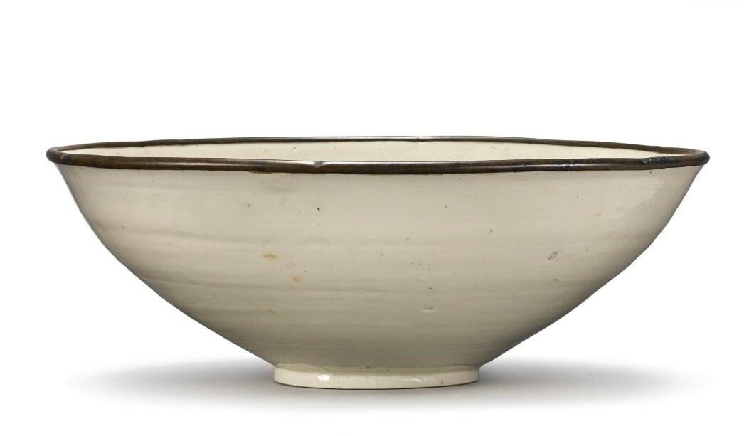 A large 'Ding' bowl, Song dynasty