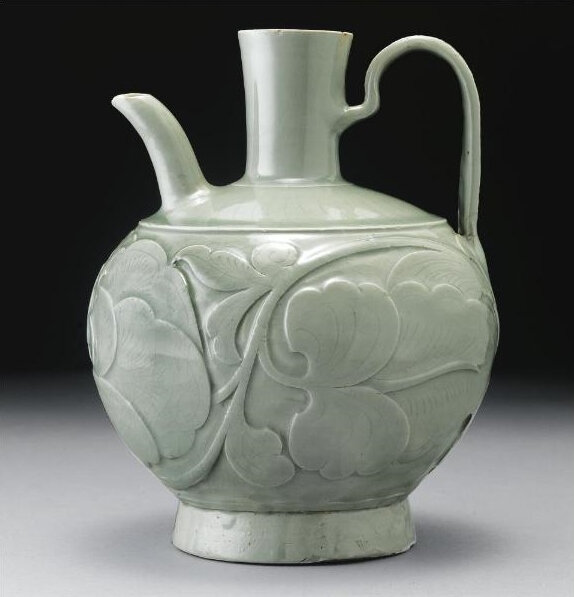 A rare early 'Yaozhou' relief-carved globular ewer, Five Dynasties-Northern Song Dynasty (907-1127)2