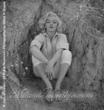 1953-09-03-LA-Rock-012-1-marilyn_monroe_R_17