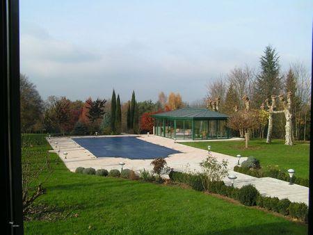 2011 11 24 - Chateau du Mont Joly à Sampans - Catherine et Romuald Fassenet - côté parc, la piscine