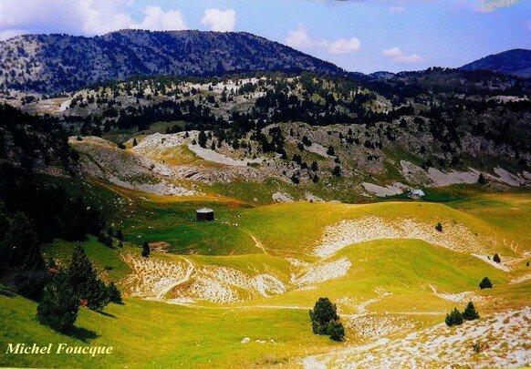 66 b) Refuge Chamailloux hauts plateaux du Vercors