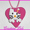 270 - Pendentif Hello Kitty rose