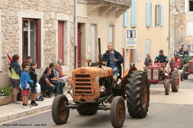 01 - Photos JMP©Koufra 12 - Rando tracteurs Cornus - 2015 - blog - 00280