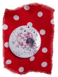 badge_pois_rouge_vintage_2