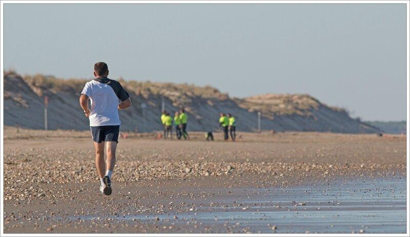 plage jogger sauveteurs 020815