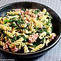 Spirelli à l'avoine, épinards et saucisse italienne