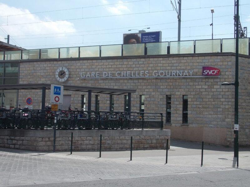 L'homme dansait sur le quai de la gare de Chelles-Gournay (©La Marne)