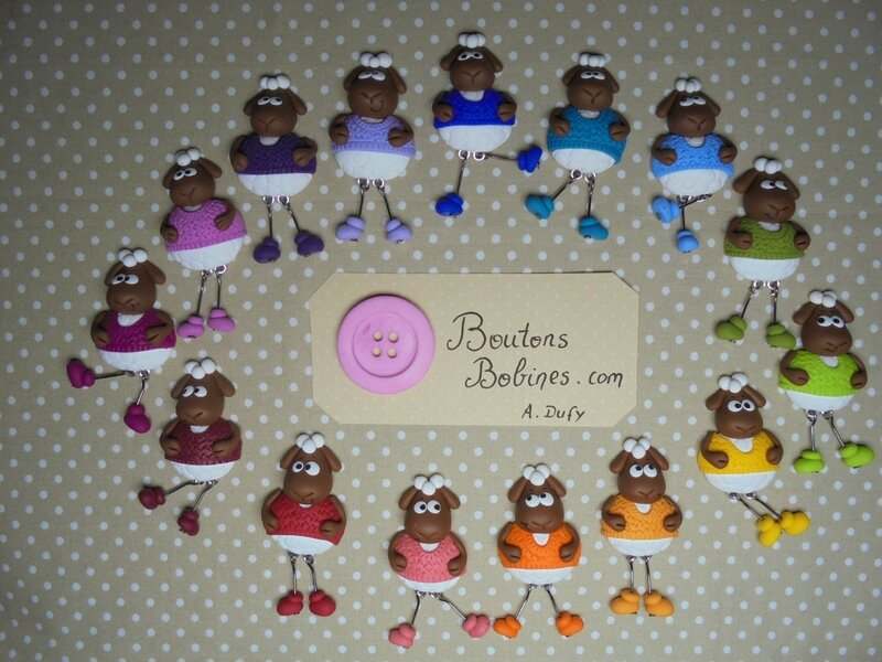 broches moutons en pull