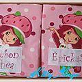 protèges carnet de santé Charlotte aux fraises