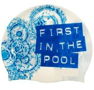 bonnet_first_in_the_pool
