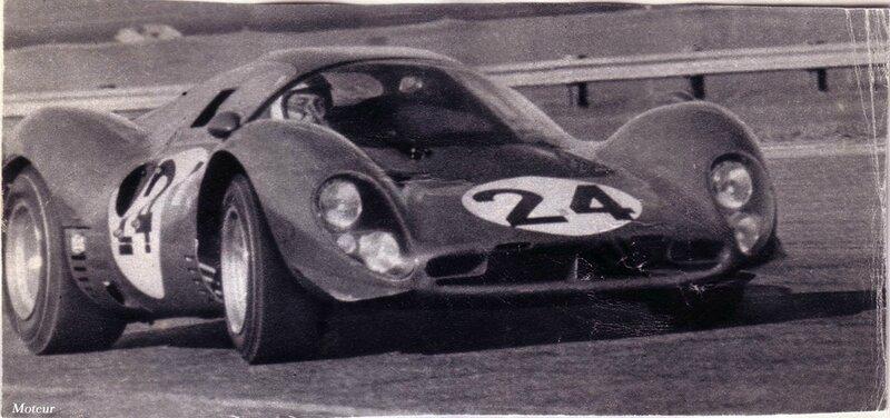 1967-Daytona-330 P 3 4 et 330 P4-Parkes-essais prives-decembre 66-2
