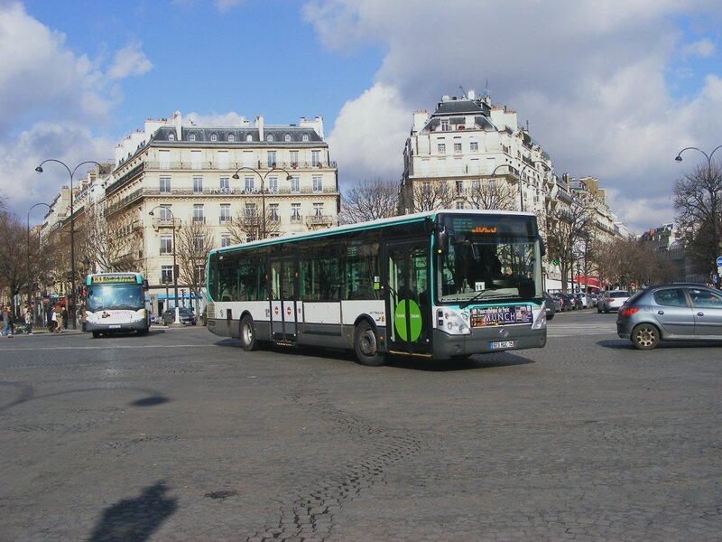 200210_93champselysees2