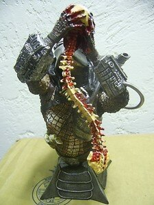 Predator_Special_Edition_Mini_bust_limited_2500ex2