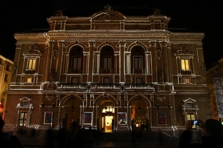 theatre6_10_09_12_3785