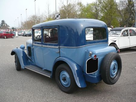PEUGEOT 201B berline 4 portes 1933 Haguenau (2)