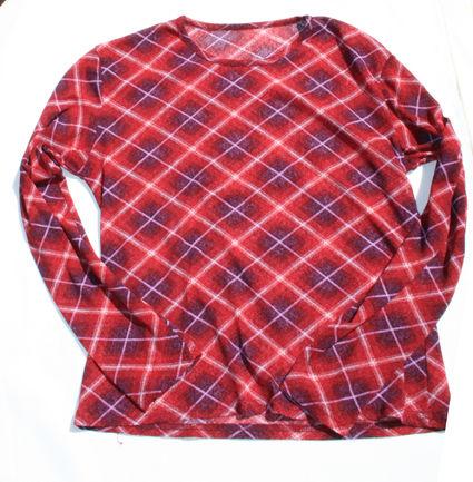 tee_shirt_violet_a_carreaux