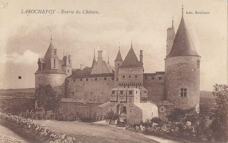 1339198339-Larochepot-CHAT