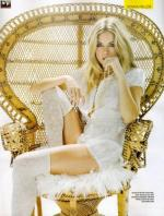 Wicker_sitting_inspiration-sienna_miller-1