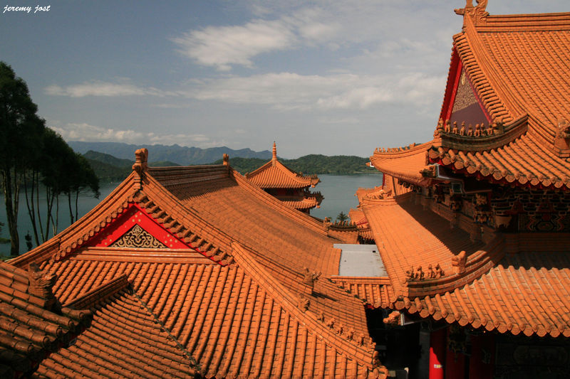 Temple et SunMoon Lake