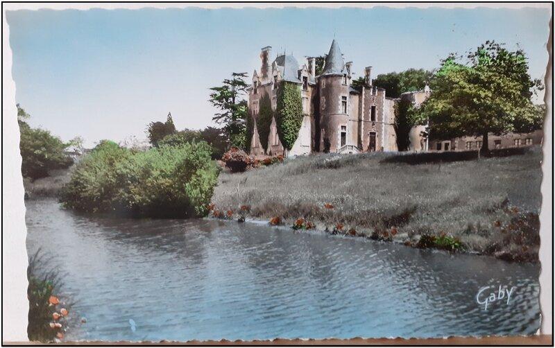 Sigournais - le chateau