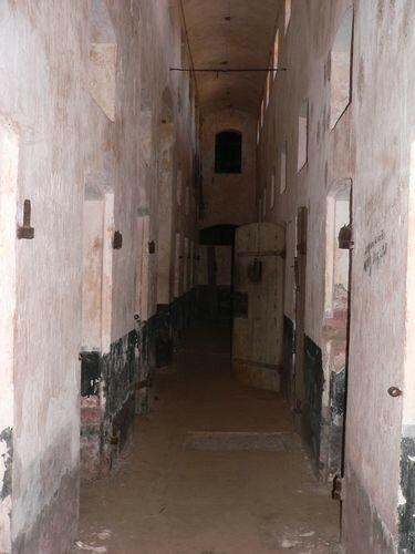 Ile Royale, couloir de cellules
