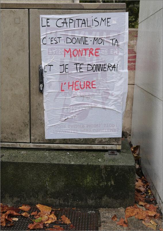 La Rochelle pluie 230920 16 1 ym affiche graff capitalisme
