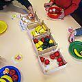 Constituer des assiettes de fruits et légumes en ps