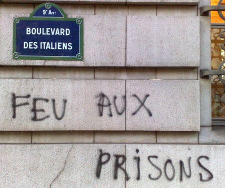 feu_aux_prisons