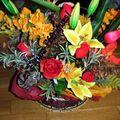 compo en fleurs artificielles avec fleurs exotique