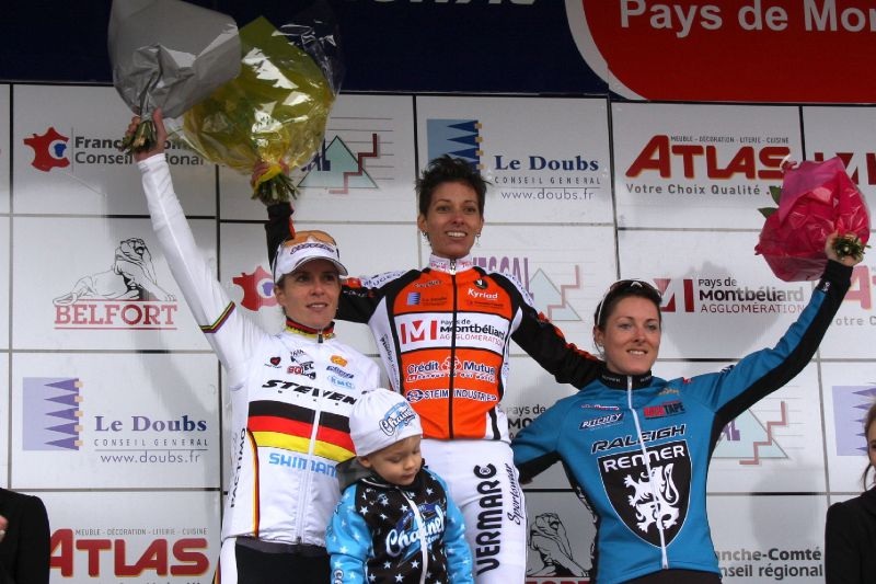 00 Podium Dames 34ème cyclo cross de Nommay