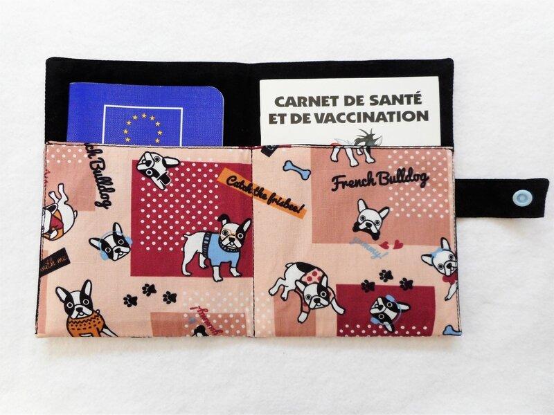 Protège carnet bouledogues français bordeaux intérieur