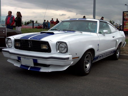 77_FORD_Mustang_Cobra_II_Hatchback_Coupe_1