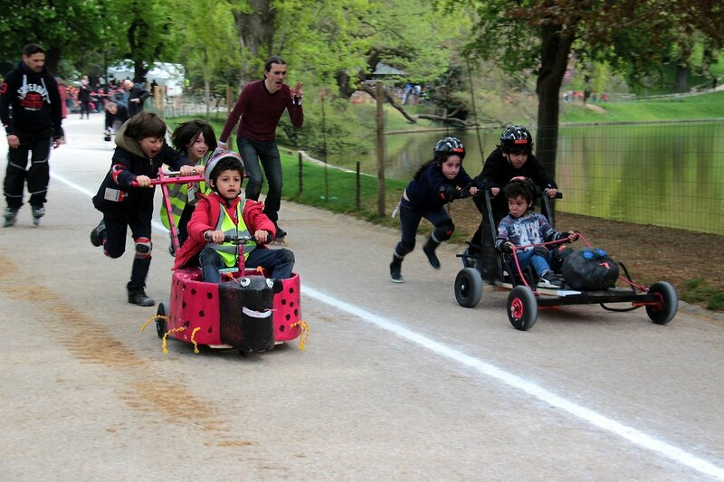 8-Push-cars Buttes chaumont_1385