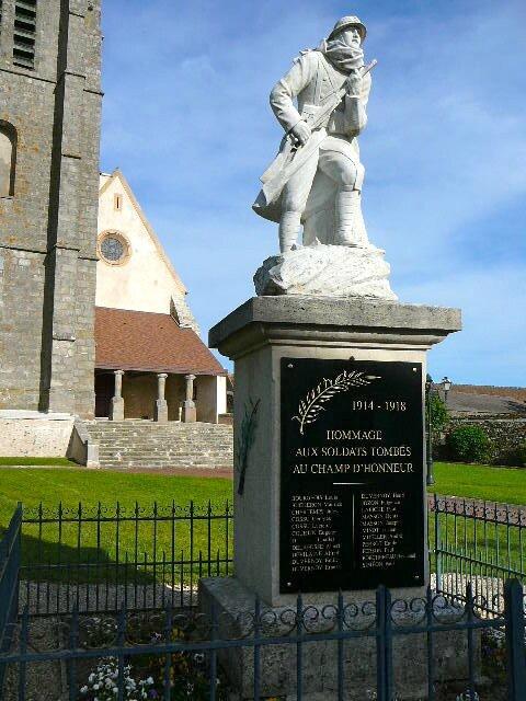 Bombon-Monument-14-18-39-45