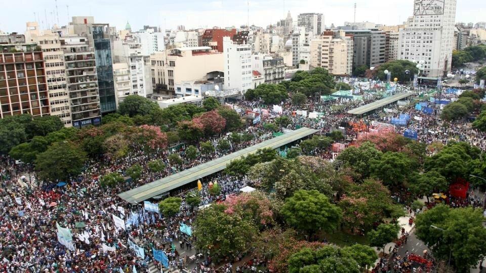 manif monstre à Buenos Aires