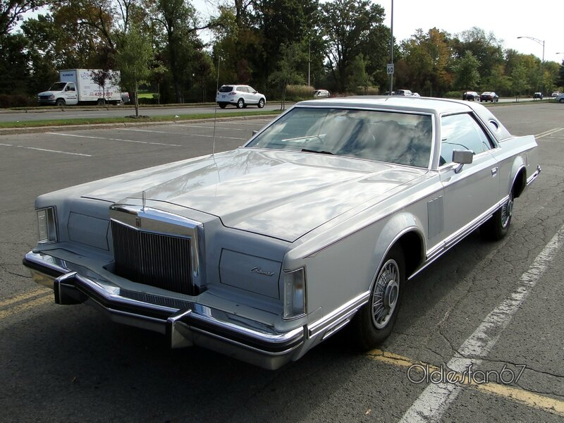 lincoln-continental-mark-V-1977-1979-a