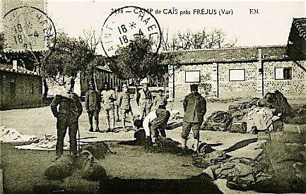 Ca_s_camp_v_tements_au_sol