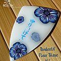 Pendentif fleur bleue N°1