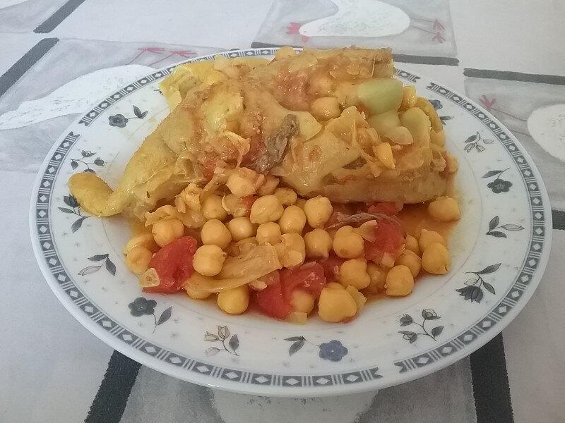 Pieds de veau aux pois chiches et aux raisins secs ou Hargma marocain 1