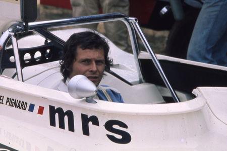 1975__Michel_Pignard__dans_cockpit