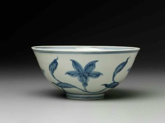 Bowl with blue-and-white decoration of flower scrolls Chinese, Ming dynasty, Da Ming Chenghua nian zhi mark and period, 1465–87. Porcelain with underglaze blue floral design, 6.9 cm (2 11/16 in.). Bequest of Charles Bain Hoyt—Charles Bain Hoyt Collection.