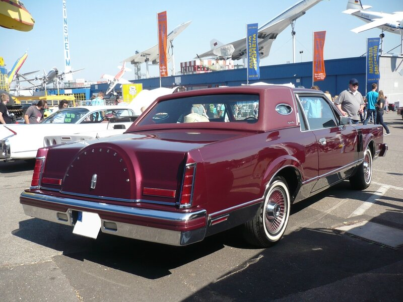 LINCOLN Continental Mark VI Signature Series 2door Sedan Sinsheim (2)