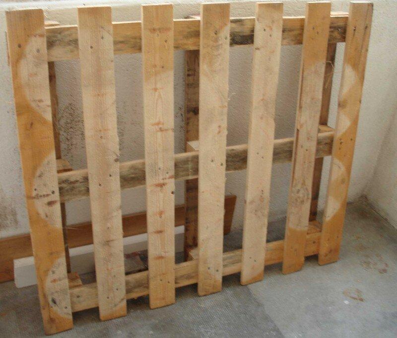 d monter une palette le blog de b a. Black Bedroom Furniture Sets. Home Design Ideas