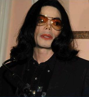 michael-jackson-attend-the-light-the-way-for-lupus-los-angeles(305)-m-4